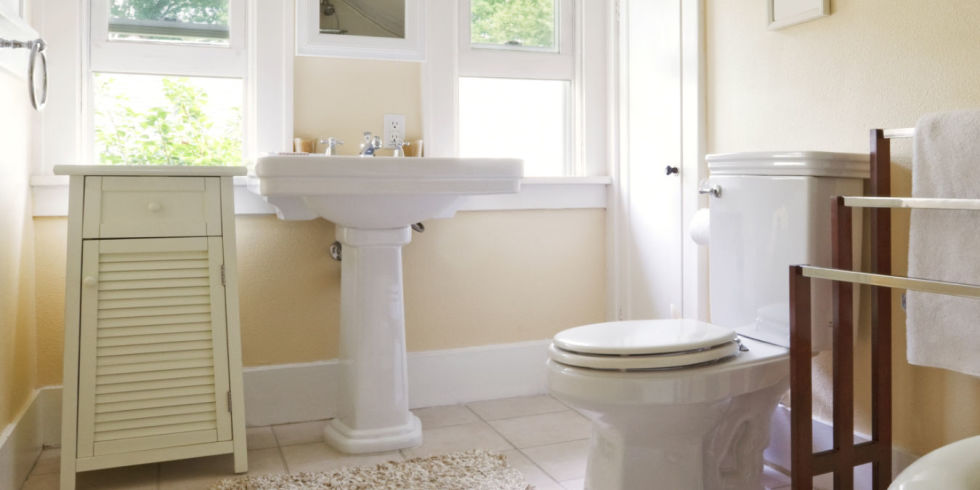 List of ideas to keep your bathroom clean blog by for Keep bathroom clean